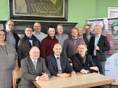 Themengärten Landesgartenschau Kamp-Lintfort: Landschaftsgärtner unterzeichnen Ausstellerverträge
