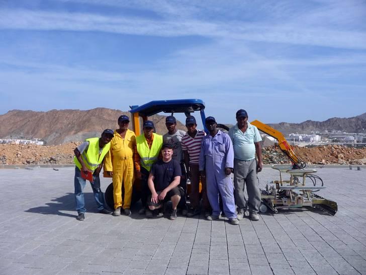 Maschinenschulung in Oman
