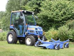 Vielseitige Kleintraktoren mit funktionaler Ausstattung