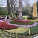 Phantasievoller Frühling im Bereich Grabgestaltung und Denkmal