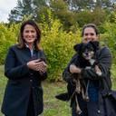 Landwirtschaftsministerin präsentiert erste Trüffel aus einer Versuchsanlage der LWG in Franken