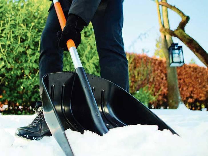 wegeunf lle bei eis und schnee sichere wege unternehmer sind in der pflicht. Black Bedroom Furniture Sets. Home Design Ideas
