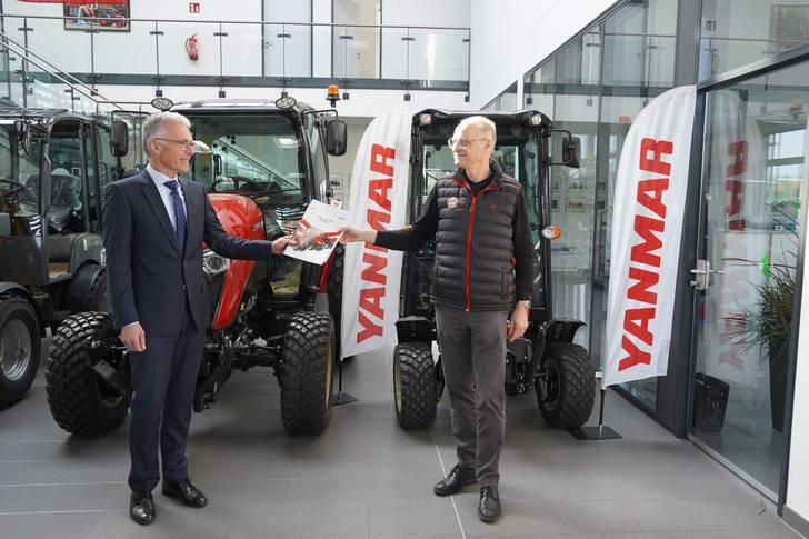 Yanmar und Wassenberg schliessen neuen Masterhändlervertrag für das Kompakttraktorengeschäft