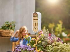 GARDENA Insektenhotel Pflanzschale Regenmesser