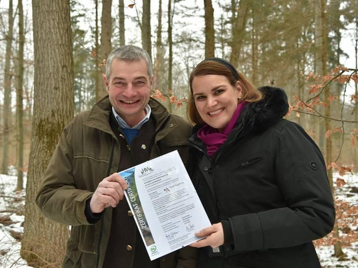 Stadtwald Augsburg ist deutschlandweit erster PEFC-zertifizierter Erholungswald