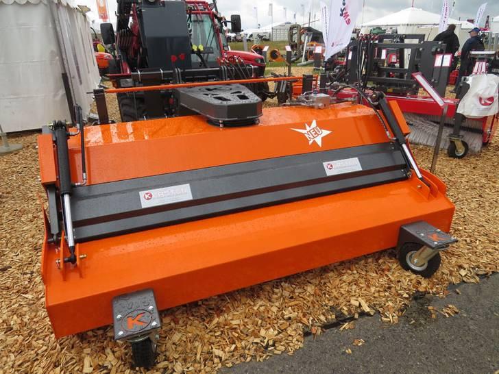 Kehrmaschine Typ 25070H