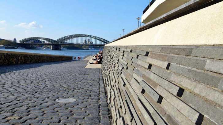 Ufertreppe