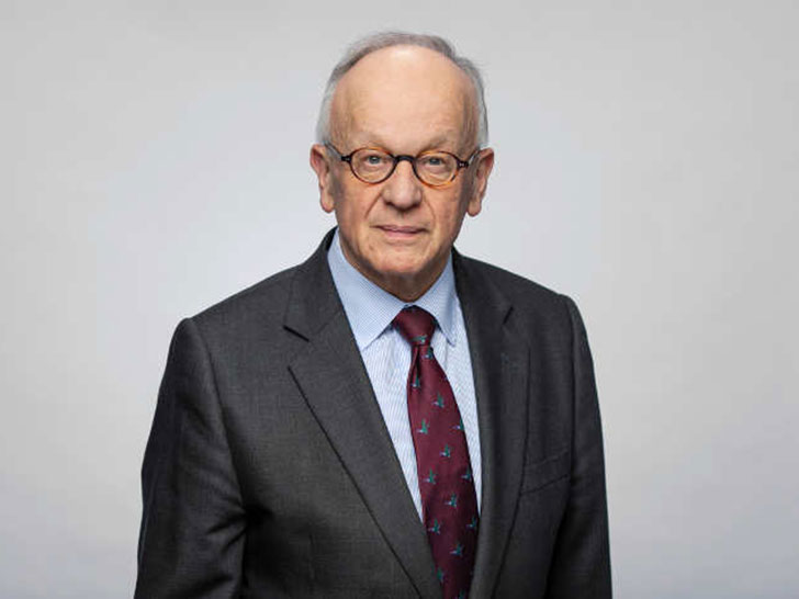 Dr. Hermann Onko Aeikens