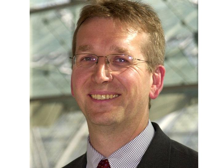 Dr. Reinhard Grandke
