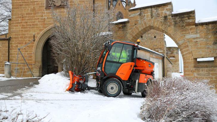 Geräteträger im Winterdienst