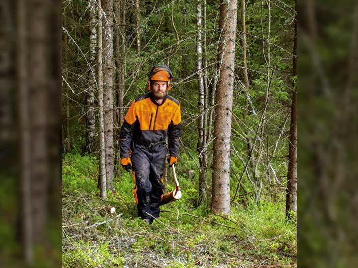 Waldarbeitsanzug