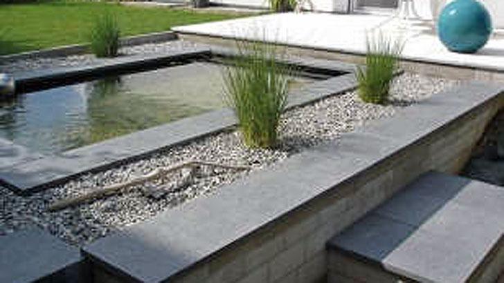Wasserspiele im Garten und auf der Terrasse