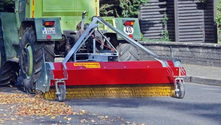 Westermann-Anbaukehrmaschinen